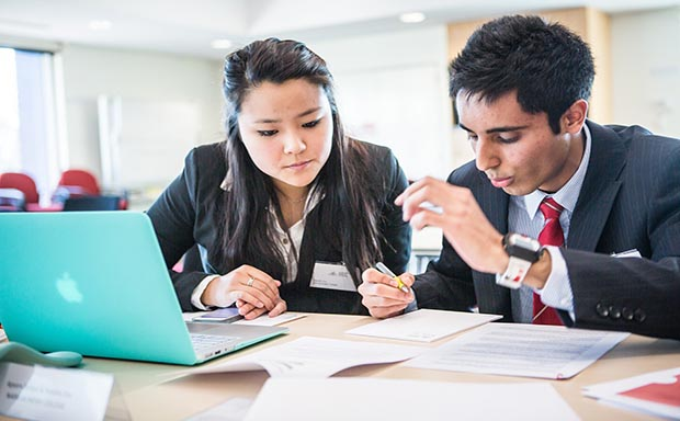 Accounting Economics Students at ANU Business Challenge